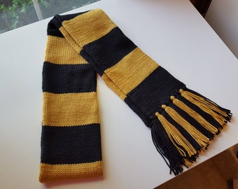 Wizard School Scarf - House of the Badger