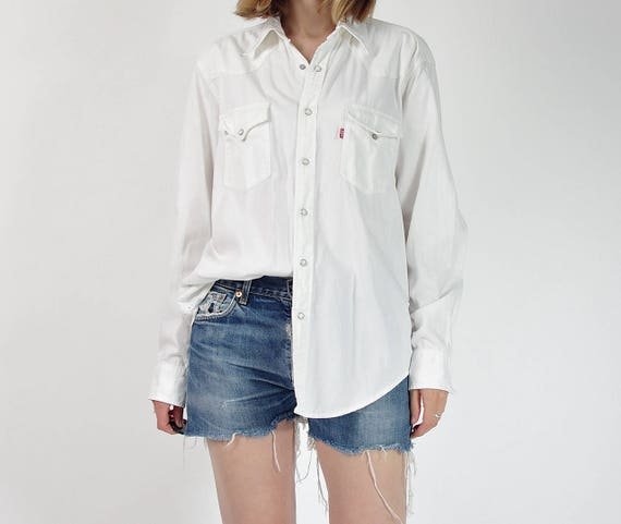 Vintage Levi's white denim shirt / size M-L