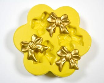 1634 3x Small Ribbon Bows Silicone Rubber Food Safe Mold Mould-fondant, resin, clay, candy, chocolate, soap embed