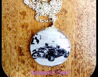 Sedgwick Snail Resin Necklace