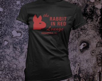 Rabbit In Red Lounge - Michael Myers Halloween Film Femme T-Shirt in BLACK or RED