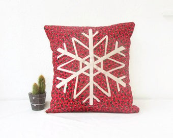 Quilted Christmas pillow, holiday decor, snowflake cushion cover, red seasonal pillow cover, quilted patchwork pillow, handmade in the UK