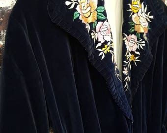 1920s Midnight Blue Embroidered Robe. Velvet Jacket with Bird and Floral Embroidery. 'Silk Tassel Belt. 20s '30s Flapper Lounge Wear