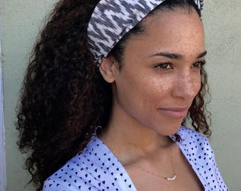 Fair Trade Handwoven Chevron Black and White Headband