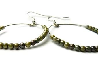 Glass bead earrings, czech bead earrings, beige earrings, beaded earrings, beaded jewellery
