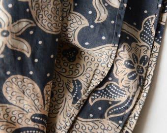 "Vintage Batik Print Sarong Indonesian Wax Resist Cotton Fabric 94"" x 39""- B8"