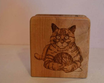 Vintage Carved Cat Napkin Holder In Great Condition.