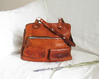 70s Gorgeous Cognac Leather Purse