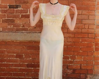 Heavenly Lingerie by Fischer Vintage 1940s Rayon Negligee