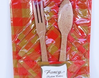 Vintage 60s tableset cotton placemats and napkins x 4 plus wooden salad servers - new in packet unopened - orange & mustard retro beauties!