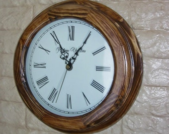 Wall clock 275 mm made of pine