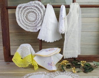 Cotton Doilies, Vintage Crochet , Doilies Banner, Cotton Doilie, Crochet Wedding Banner, Lace Doilies, Upcycle Doilies, Lot of Doilies 17-31
