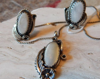 White mother of pearl, set, necklace, earrings, southwestern jewelry, southwestern, womens, estate jewelry, old pawn, vintage, tribal, Texas