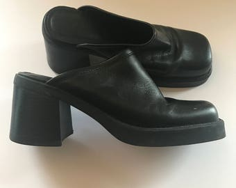PARADE black leather platform clogs, 8.5 US, made in Brazil - real vintage, excellent condition - goth, sandals, slip ons, slippers, '90s