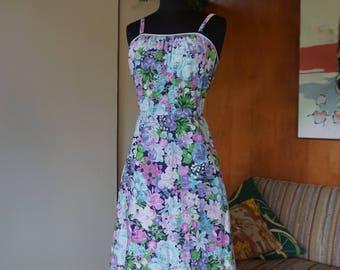 1970's Purple Floral Vintage Dress by De Weese Design Built in Bra Cotton Size M