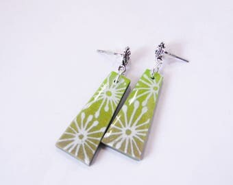 Trapezoid brilliant green and purple dangling polymer earrings