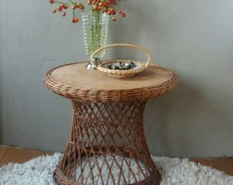 Wicker table, Rattan table, lounge table round, coffee table, bohemian furniture, shabby chic, occasional table, plant table, 70s furniture, 70s home