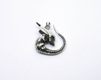 Beautiful Alien Predator Jewelry pendant Silver 925