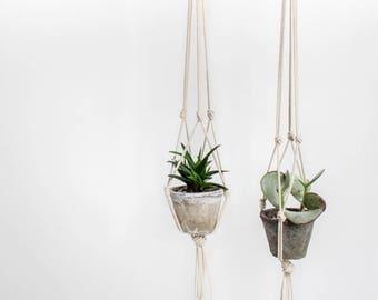 Macrame Plant Hangers, Set of 2, Modern Planter, Plant Hanger, Pot Hanger, Minimalist Planter