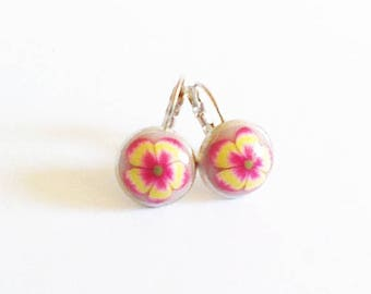 Loop earrings, flower Fuchsia and yellow