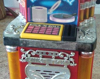 Vintage Rock -N-Roll Juke Box Bank - Twist and Shout - 1996 - Singing and Flashing