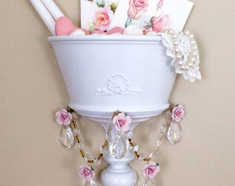 Shabby Vintage WHITE WALL Pocket SCONCE Crystal Prisms Chic Pink Porcelain Roses Crystal Wall Decor