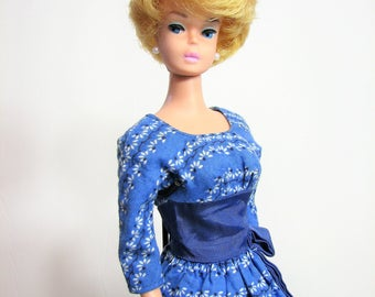 Early Bubble Cut Barbie Doll, White Ginger, Pink Lips, 1961-62 Model #850 ... Vintage Classic Barbie, Mattel Inc., EUC