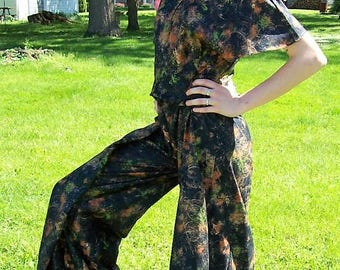 Vintage 1970s Ladies Black Paint Splatter Bell Bottom Jumpsuit Romper by Tallgirls Size 12 TALL NOS Only 35 USD