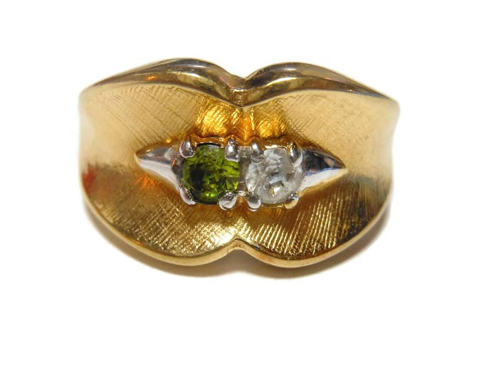 FREE SHIPPING Uncas Peridot Ring, Cubic Zirconia, 14KT HGE ring, heavy gold electroplate, 1960s gemstone ring, August birthstone, size 6 3/4