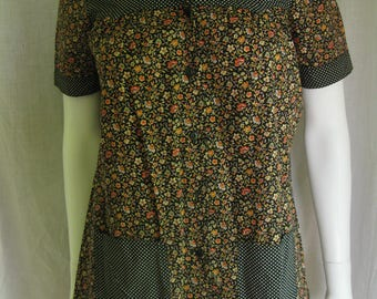 Artisan Hand Crafted Sysser Ginsborg Designer Deres Kjolemagasen of Denmark Tailored Cotton Floral Polka Dot Print Blouse 60s Vintage Small