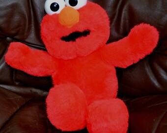 ABC ELMO,  INTERACTIVE...Elmo Teaches your Toddler The abcs..Excellent Condition..Gently Used..Works Perfectly.