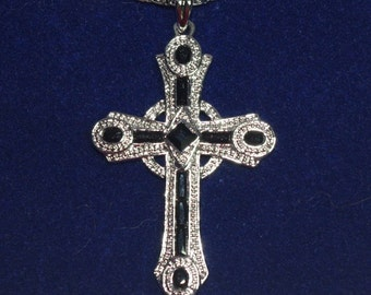 JBK Celtic Cross - Jackie Kennedy Cross Necklace Silver with Black Stones, Box and Certificate