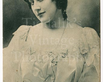 Miss Lily Hanbury Edwardian Actress Theatre Stage RPPC Postcard - Raphael & Tuck - Posted 1903 - Antique Postcard