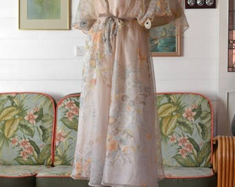 Mid century 1950's 1960's dress summer dress Size 8 to 10  AUS USA 4 to 6