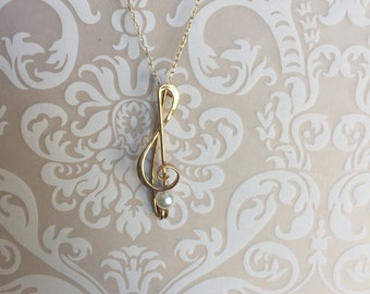 TREBLE CLEF 14K gold Musical Symbol with Pearl Pin/Pendant