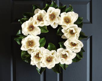 Magnolia Wreath | Front Door Wreaths | Magnolia Leaves | Farmhouse Wreath Decor | Spring Wreath | Magnolia Decor | Magnolia Blossom