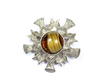 Vintage Scottish thistle brooch, round thistle pin, brown stone pin, Scotland, brown thistle brooch, highland dress, outlander, Celtic pin