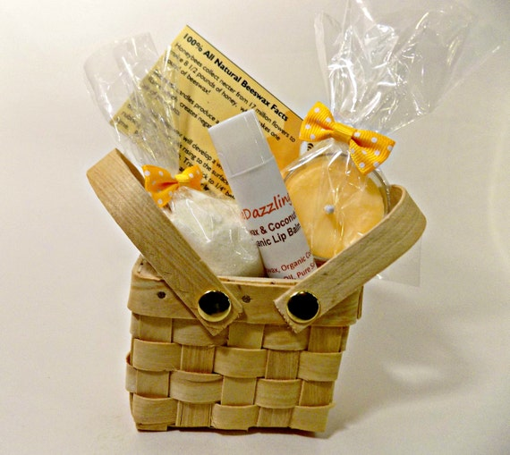 Easter gift for her mini spa gift basket mini spa kit spa like this item negle Image collections