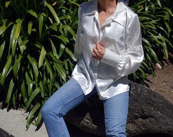 White Button-Up Blouse with Bishop Sleeves, Pointed Collar and Large Cuffs, S