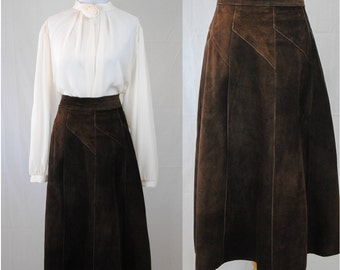 1970s Suede Circle Skirt // Vintage Suede Skirt // Brown Circle Skirt // 70s Vintage // Boho Vintage // Fall Suede Skirt // Hippie // Witchy