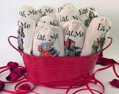 EAT ME Alice in Wonderland Party Favor Bags 4x6 | 6x8 | 10 Classic Designs | Onederland Birthday Bridal Baby Shower | Eat Me Party Favors 10