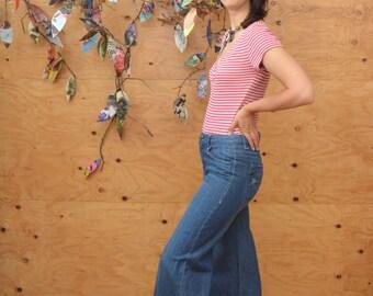 Vintage 70's Light Denim Wide Leg Paris Hip Hugger Jeans Would Fit A SZ 4 Womens