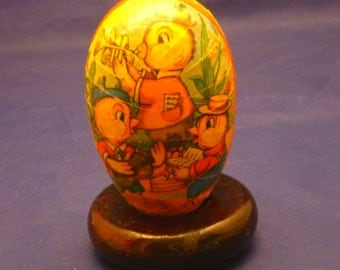 Vintage Three Baby Chicks Western Germany Paper Mache Lithograph Easter Egg Container, 1950s