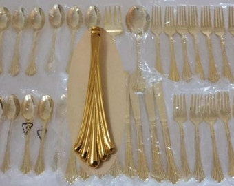 Gold flatware New Vintage 42pcs 24K Gold plated Wm Rogers Royal Plume Serves 8+ 2 Hostess Gatsby Wedding Bride Registry Holiday silverware