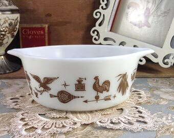 Vintage Pyrex Early America White and Brown 1.5 pt Casserole # 472 without Lid