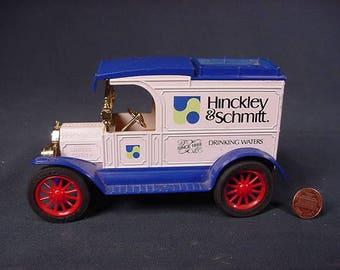Hinckley U0026 Schmitt Drinking Water * Toy Coin Bank Truck * Vintage Old  Collectible * Die