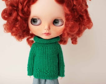 Green Blythe sweater Autumn Winter doll clothes Green knitted pullover Blythe outfit Green doll sweater Blythe knitwear miniature knitting