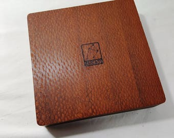 Zucati Dice Base™: Player Core- Leapordwood - Tan Leather