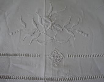 Bargain -  French Vintage metis linen embroidered sheet (04884)