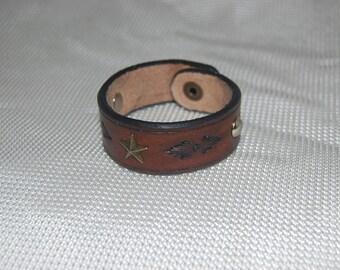 leather bracelet. bracelet, friendship bracelet. hand made, hand tooled. 100% real leather